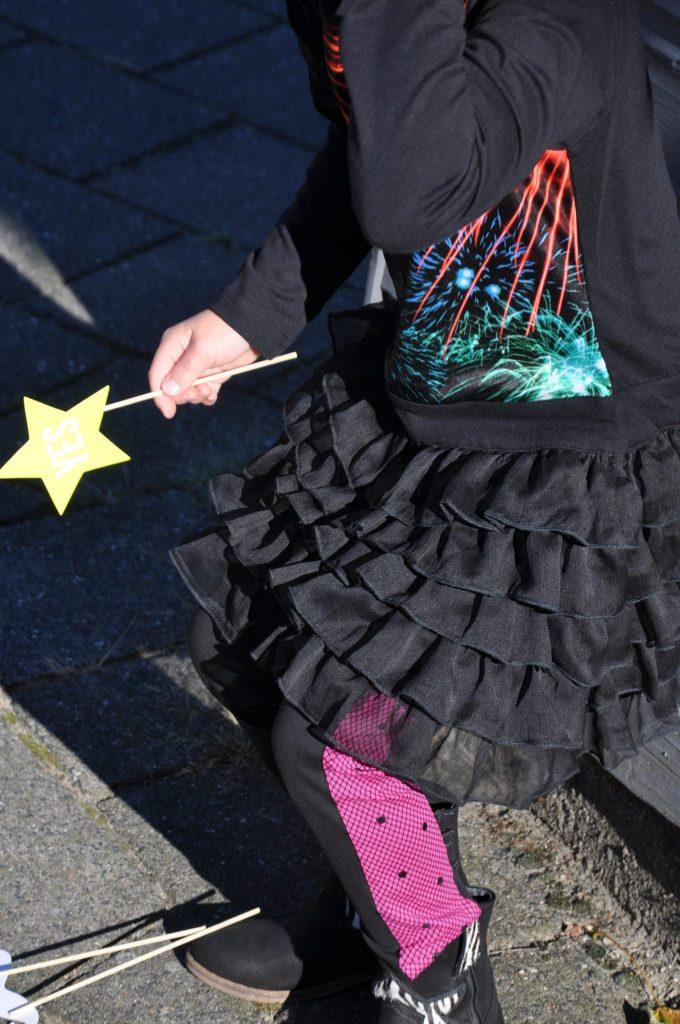 detail lofff jurk