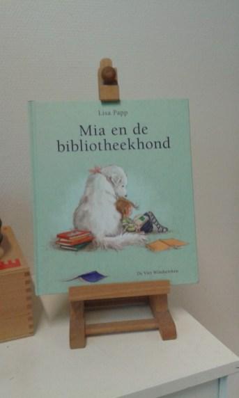 mia en de bibliotheekhond5