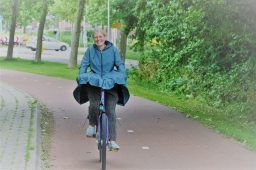 review agu seq regenjas op de fiets