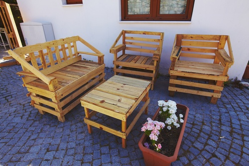 diy tips voor een goedkope maar leuke en comfortabele tuin marstyle. Black Bedroom Furniture Sets. Home Design Ideas
