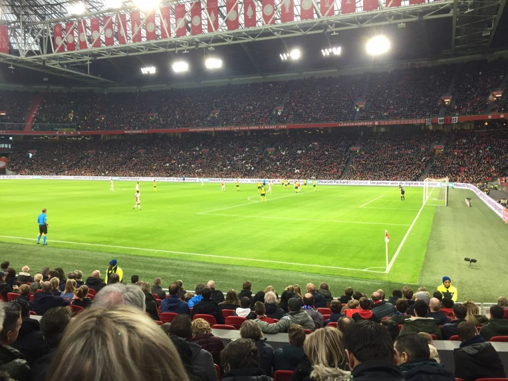 voetbalwedstrijd ajax
