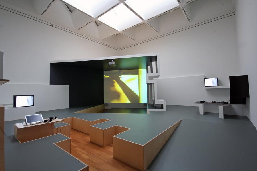 Stefan Eberstadts Installation Odeon im Kunstmuseum Bonn