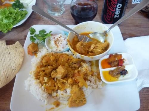Indian curry/ M. H.