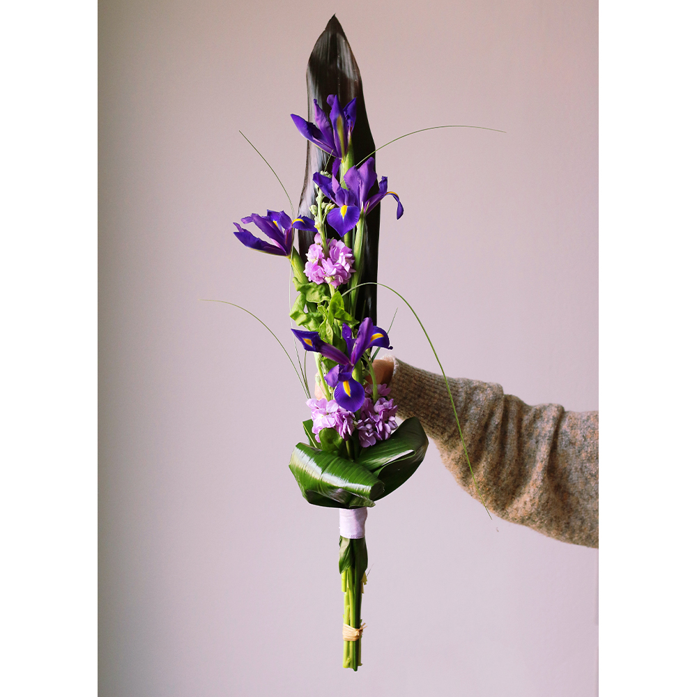 bouquet iris alheli ramo tulipanes flor natural día de la mujer lila floristeria martamajo flors sant feliu de llobregat barcelona 8m ocho de marzo
