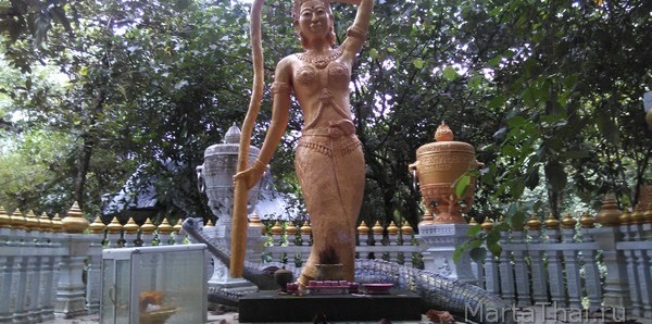 phra_me_thorani_mini
