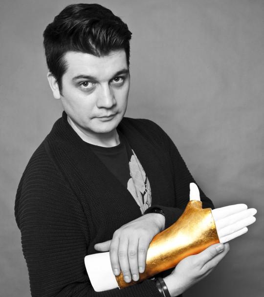 Mihai Zgondoiu & Golden Hand bw 2014