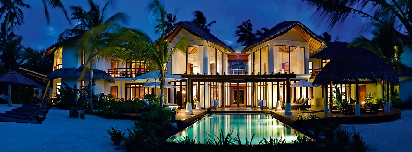 halaveli-maldives-presidential-villa-14