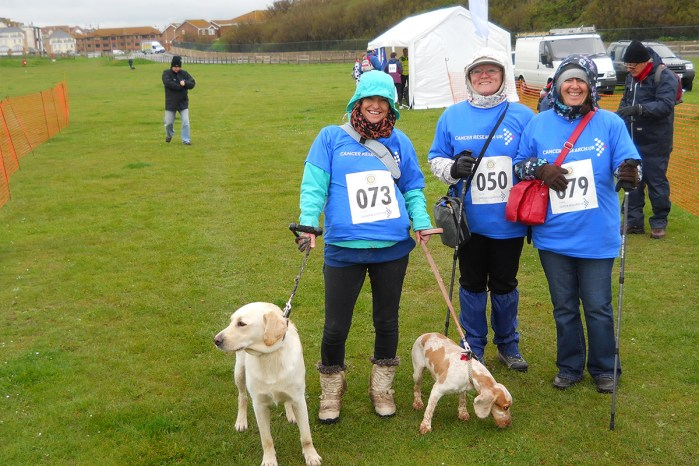 Dog walkers at the start