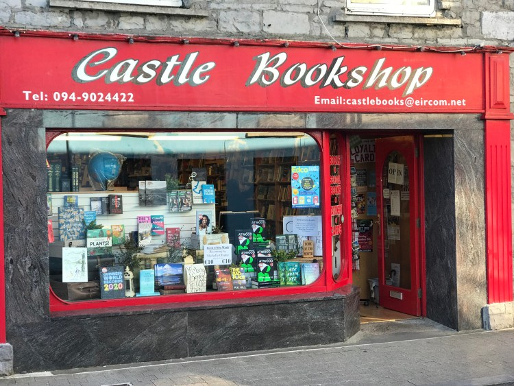 Front window of Castle Bookshop