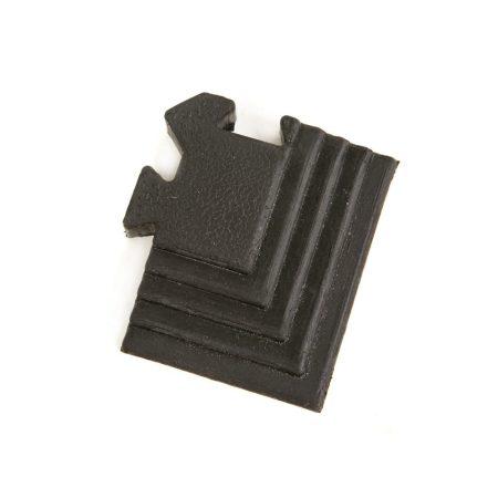 Rubber tile corner