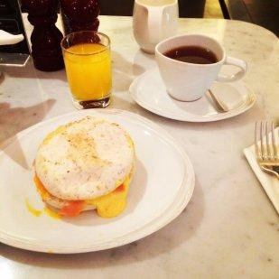 Grilled samon with tea and orange juice