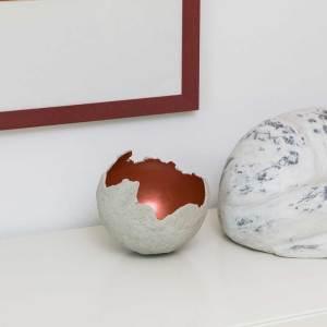 Kunstobjekte von Martina Groß Pfaffenhofen Betonschale Rot