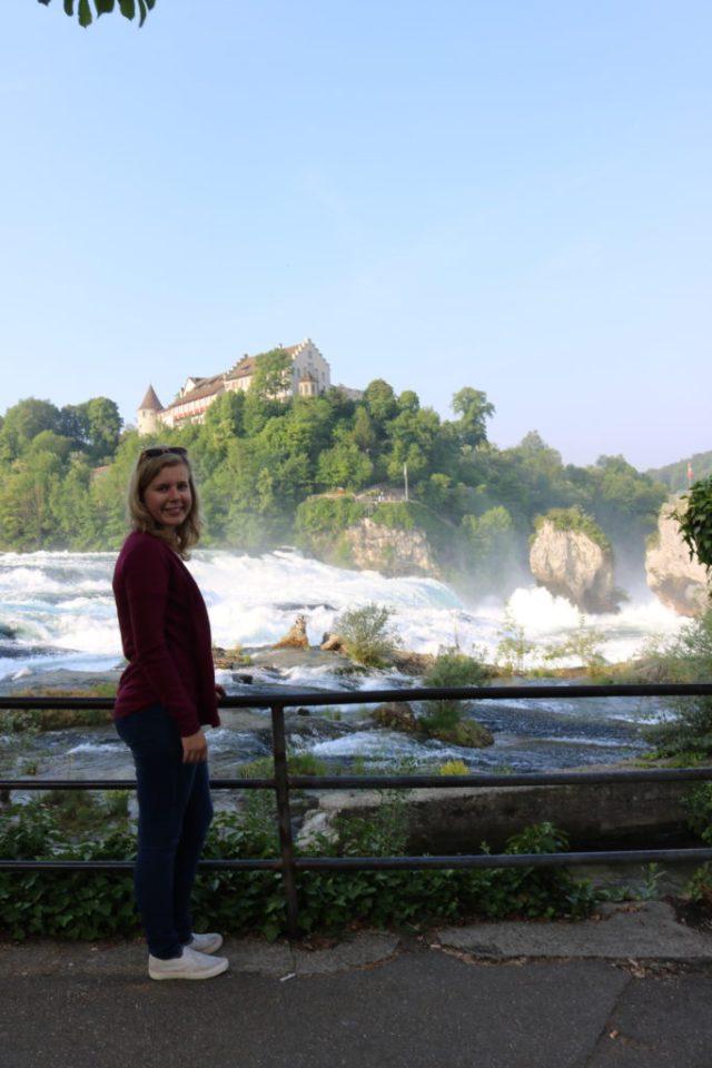 Rýnské vodopády mě velmi překvapili. Relativně hojně navštěvované místo, avšak po ránu velmi poklidné.