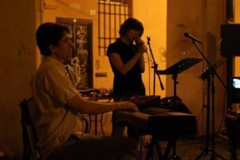Live Memorie dal SottoSuono formazione duo, luglio 2013 – Un inferno di poesia (seconda serata) Recital poetico del Gruppo 77