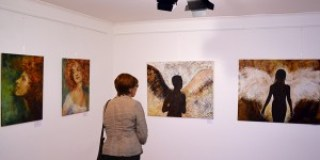 Ausstellung-malerei-reis-schmal