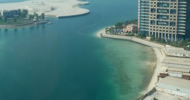A view on a seafood restaurant and Khalidiya Palace hotel