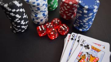 cards casino chance 269630 La música y el casino: historias que se acompañan