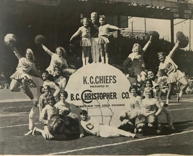 KC Chiefs cheerleaders.jpg
