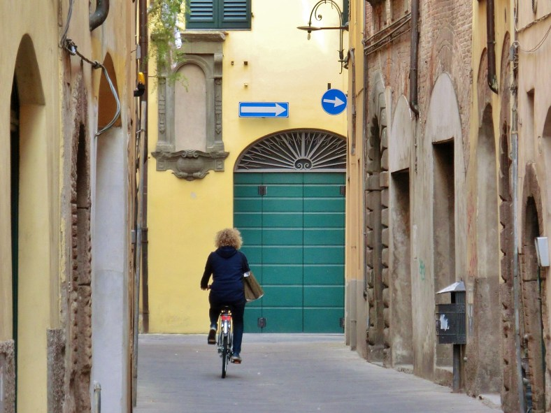 Bicyling Around Lucca, Tuscany, Italy