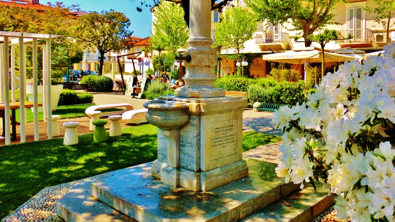 The Flowers of Forte dei Marmi by MARTIN COONEY
