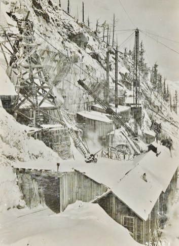 Yule Marble Quarry, Blizzard of snow. (2)