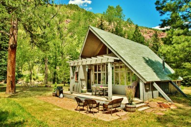 Cozy Riverside Cabin 1, Redstone Colorado, Along the Aspen Marble Detour