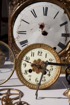10 - antique clocks