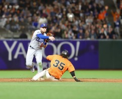 San Francisco Giants vs L.A. Dodgers Photos by Guri Dhaliwal (Martinez News-Gazette)