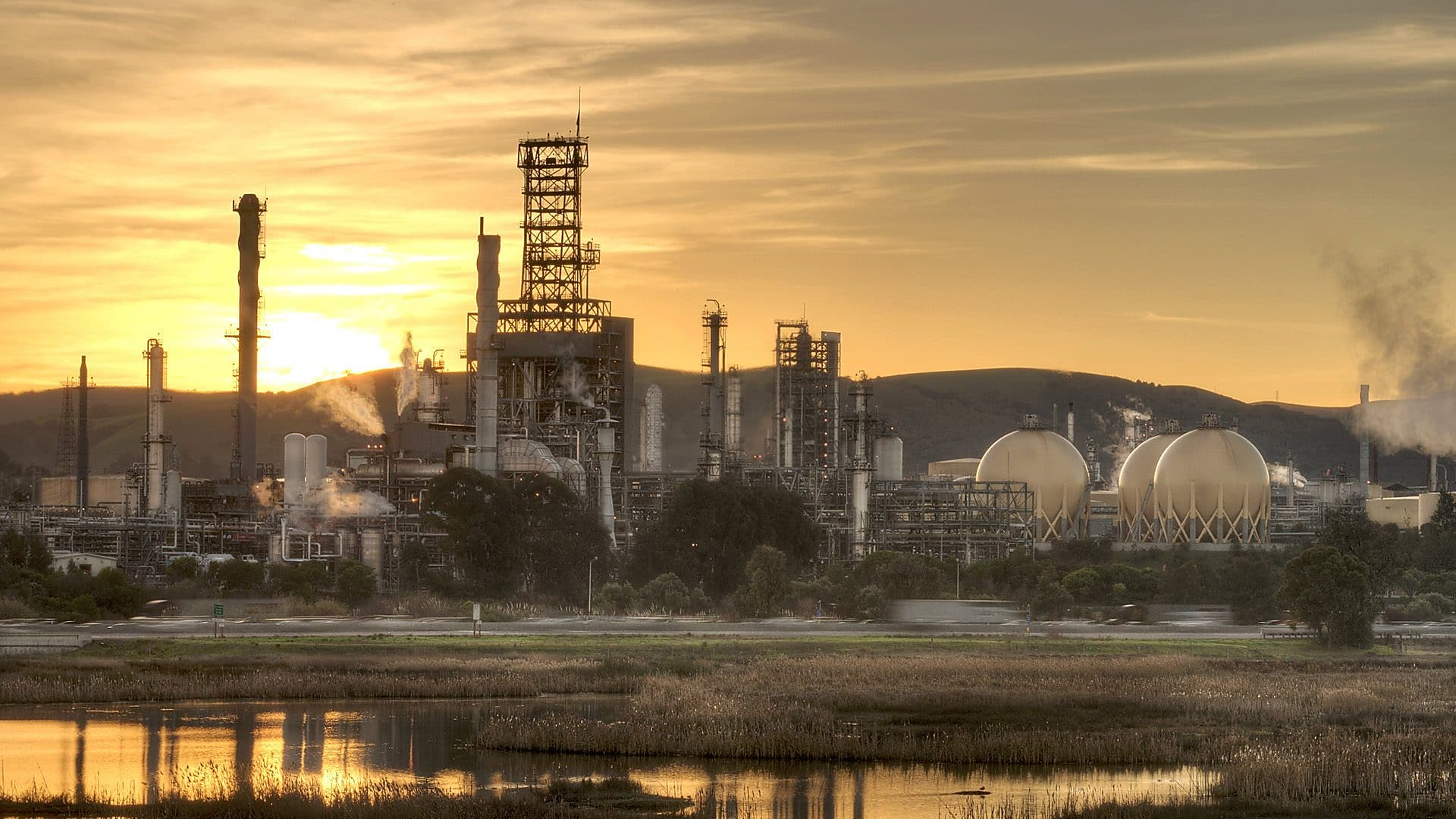 Shell agrees to sale of Martinez Refinery : Martinez News