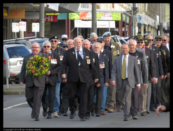 Ballarat veterans, and distiguished guests marching down Sturt St to the Memorial