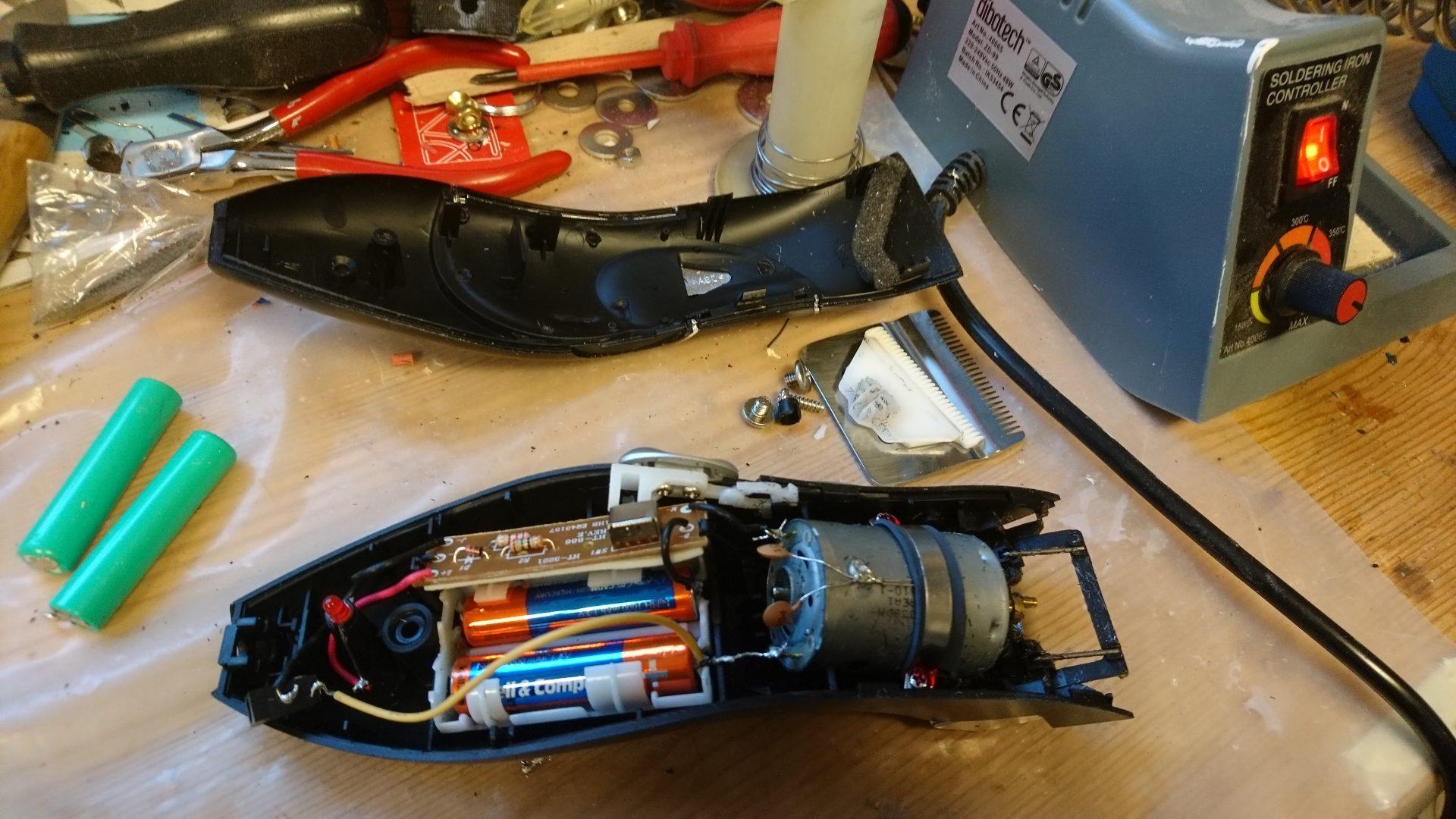 Kassera trimmer eller löda nya batterier?