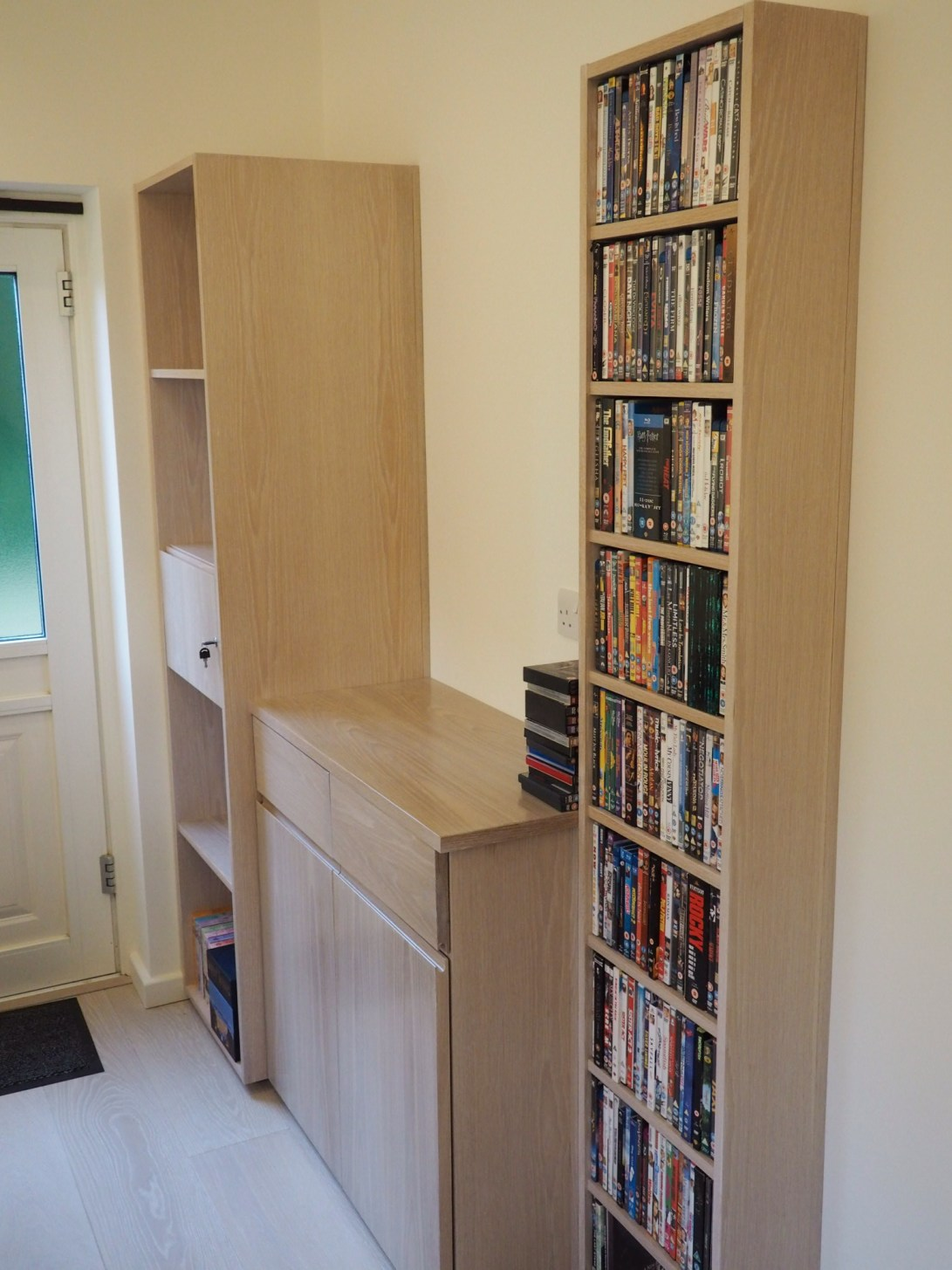 Home office fitted furniture