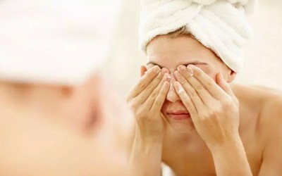 How and when exactly should you wash your face?