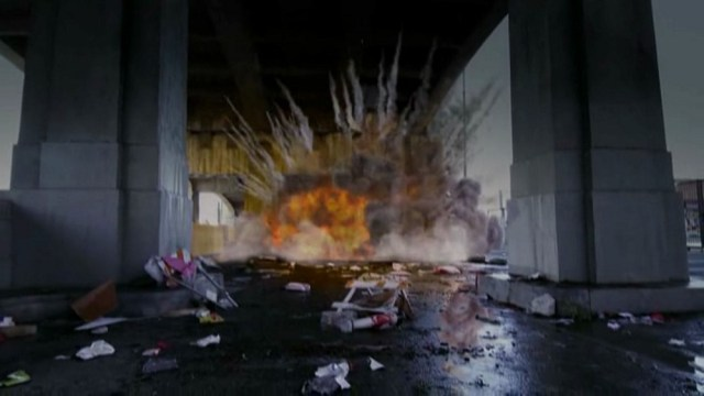 esplosione di un'auto in cgi in Sharknado