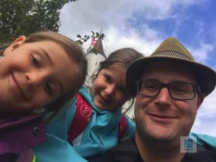 Selfie vor dem Schloss in Nyon