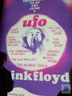 Eines von vielen Plakaten