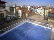Rooftop whirlpool