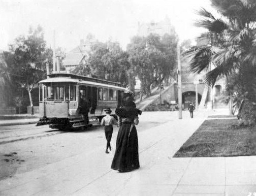 Streetcar on Third Street west of Hill Street, Los Angeles, circa 1900s.jpg