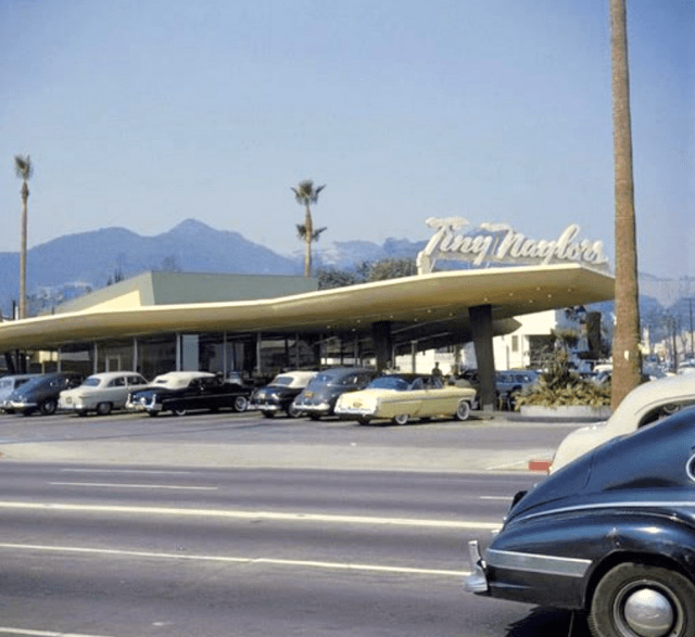 Color-shot-of-Tiny-Naylors-drive-in-rest