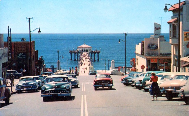 Looking Down Manhattan Beach Blvd To The Pier Los Angeles Circa Early 1950s
