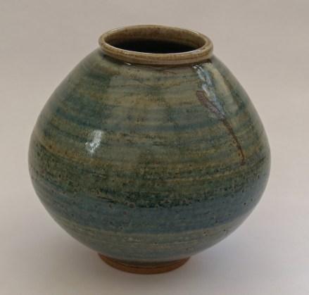 Ash-glazed-moon-jar-with-blue-and-iron-slips-Martin-Tyler-2018