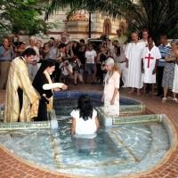 Minunile ce se petrec în Taina Botezului