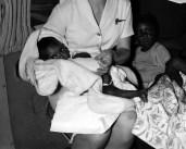 L43759#2 Hostess & black baby