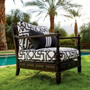 Nina Lounge Chair With Cushions
