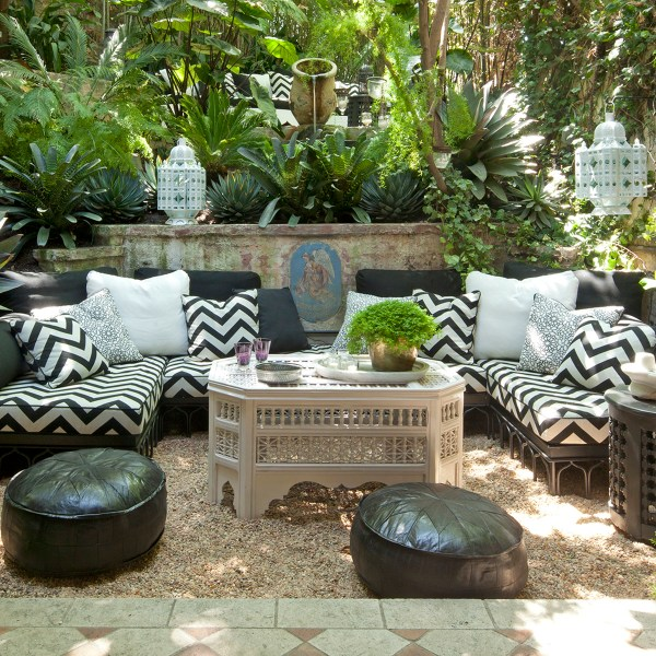 Mamounia Petite Ebony black indoor fabric at Villa Swanson, designed by Martyn Lawrence Bullard