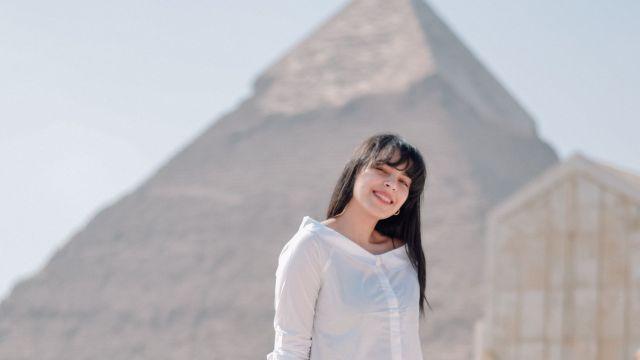富裕層ピラミッド_女性