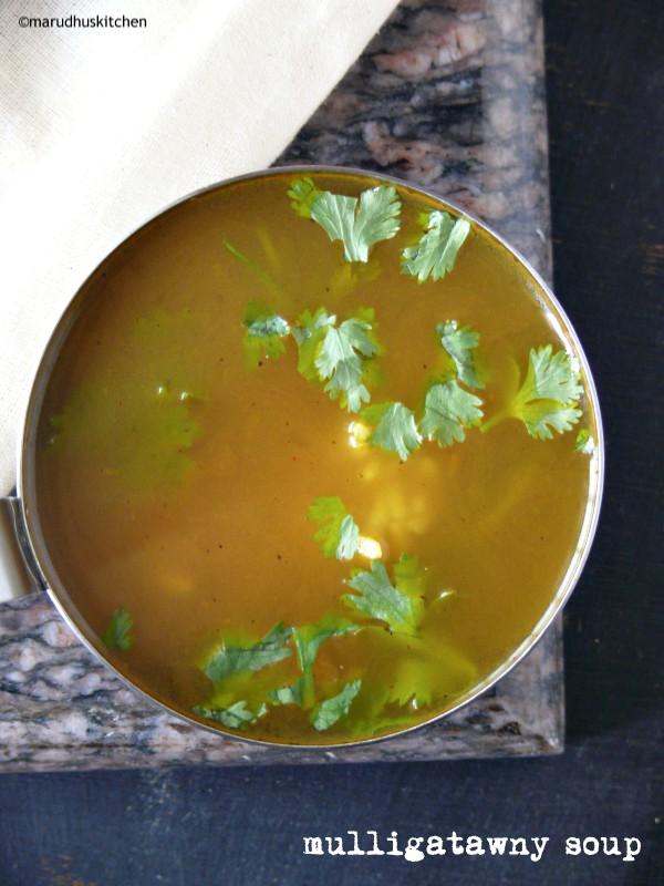 mulligatawny soup indian style / vegetarian mulligatawny soup