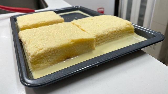 ミルクに浸したトースト