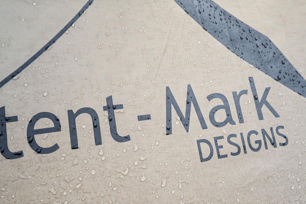 雨に濡れるサーカスTC
