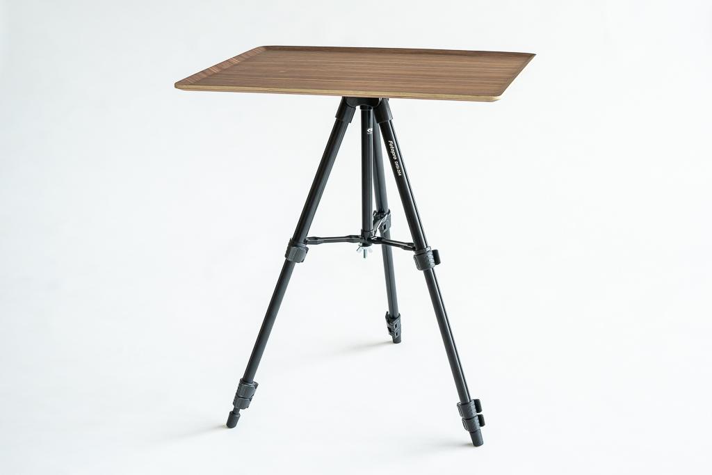 三脚テーブル